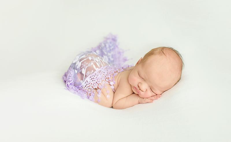 Mary-Tweedy_-Newborn-photographer_